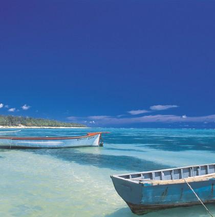 «Trois hommes dans un bateau» accoste à l'île Maurice!